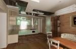 Кухня-столовая в 4-х комнатной квартире