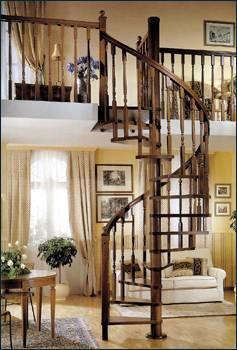 Дизайн деревянной винтовой лестницы в интерьере