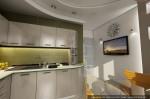 Дизайн квартиры в современном стиле. Кухня-столовая