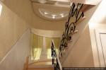 Цокольный этаж. Дизайн лестницы